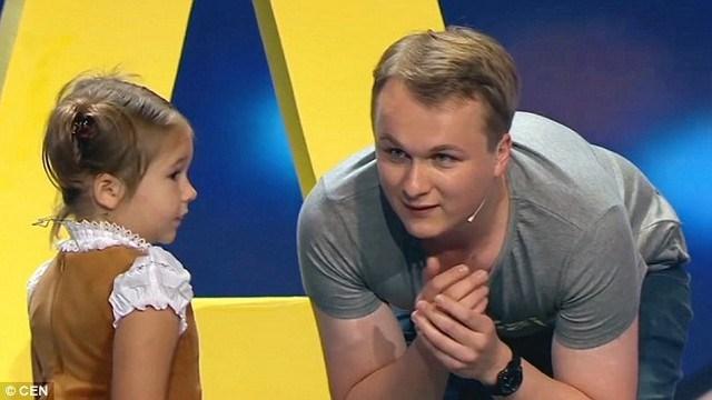 menina-russa-poliglota